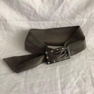 Yves Saint Laurent Rive Gauche gray suede belt